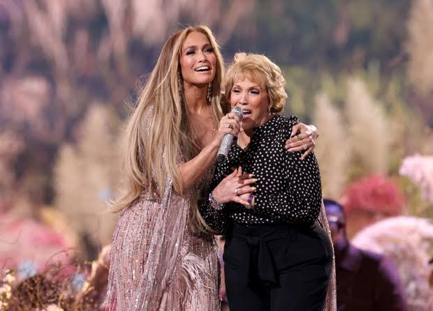 Jennifer Lopez's Mom Features in Ben Affleck's Commercial