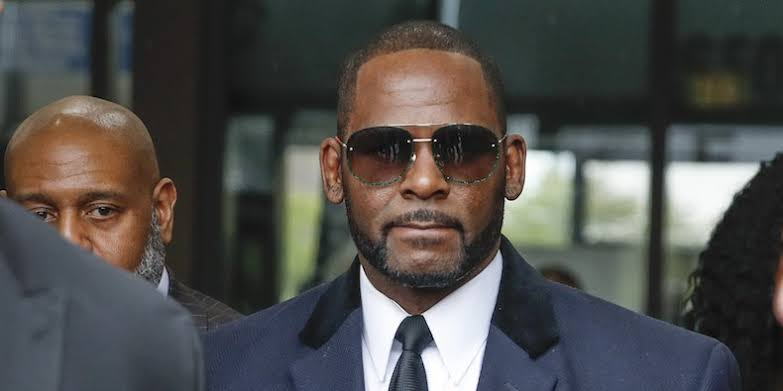 Buyers Staying Far Away From R. Kelly, as He Shops Catalogue For Getting Money