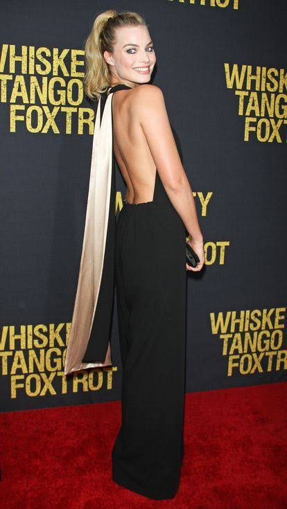 Fans are Amazed with Seeing Margot Robbie in Sexy Backless Dress